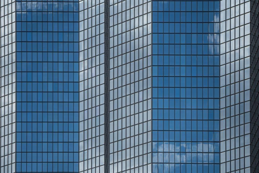 Géométrie de la tour Total de Paris la Défense - Photographe Architecture - Michael Bouton