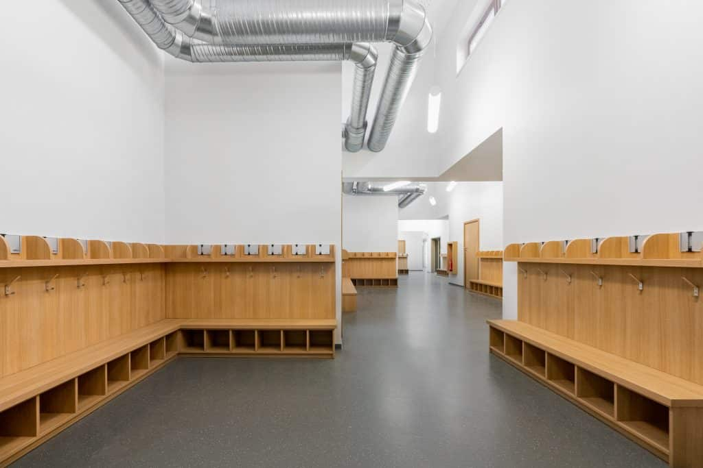 Couloir d'école à Ernolsheim, près de Starsbourg en Alsace (Architectes : Architectes & Partenaires) - Michael BOUTON - Photographe Architecture