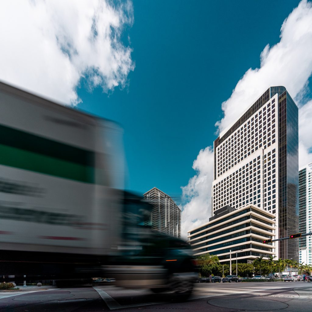 "Tour ""Brickell Wolrd Plaza"" à Miami en Floride (Architectes: RTKL Associates) - Michael BOUTON - Photograhe Architecture"