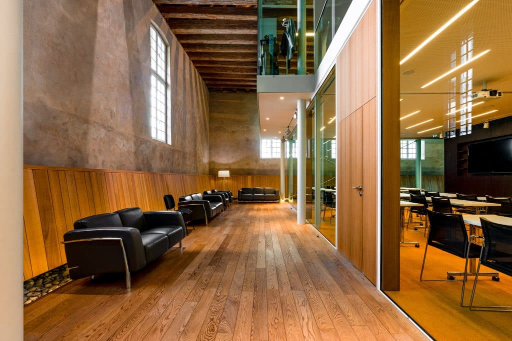 Salle de conférences du Biocluster à Strasbourg en Alsace (Architectes : Denu & Paradon) - Michael BOUTON )- Photographe Architecture