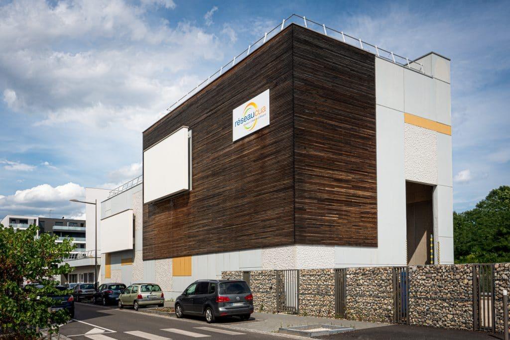 Chaufferie biomasse des Tanneries à Lingolsheim, près de Strasbourg en Alsace (Architectes : Braesch & Bottazzi Architectes) - Michael Bouton - Photographe Architecture