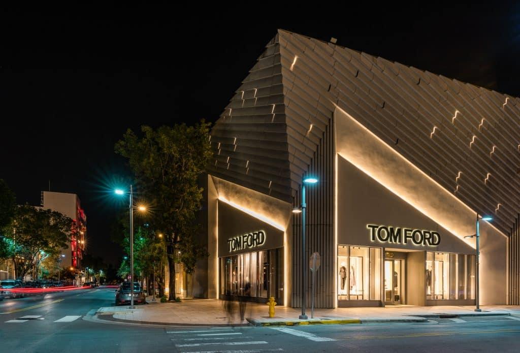 Boutique Tom Ford de Nuit du Design District à Miami en Floride (Architectes : Aranda Lasch) - Michael BOUTON - Photographe Architecture