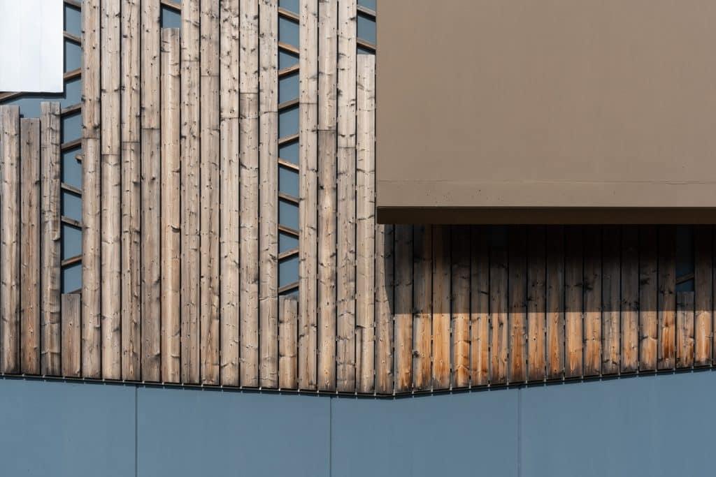 Association de matériaux sur la chaufferie du Wacken de Strasbourg - Photographie d'architecture prise par Michael Bouton (edifice-photo.com)